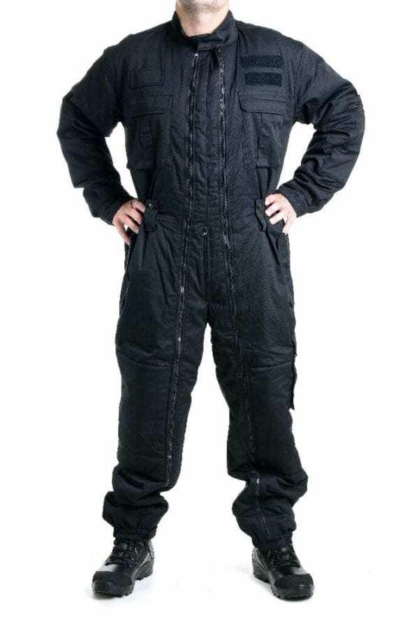 Zimní černá policejní kombinéza